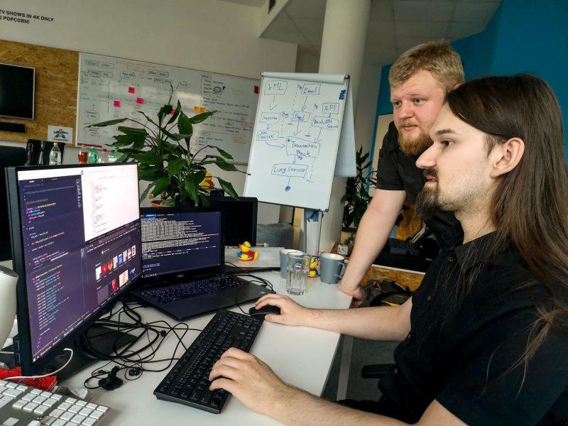 Momentka z interního hackatonu na naši královéhradecké pobočce.